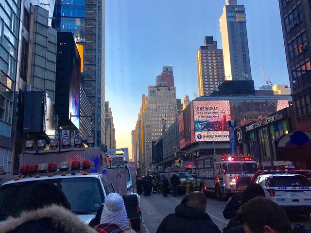 Explosion In Major NYC Bus Terminal, 'Looks Like A Pipe Bomb,' NYPD Says (UPDATE: One In Custody, Four Injured)