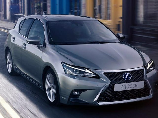 Lexus Is Making a Replacement for the CT 200h for Some Reason