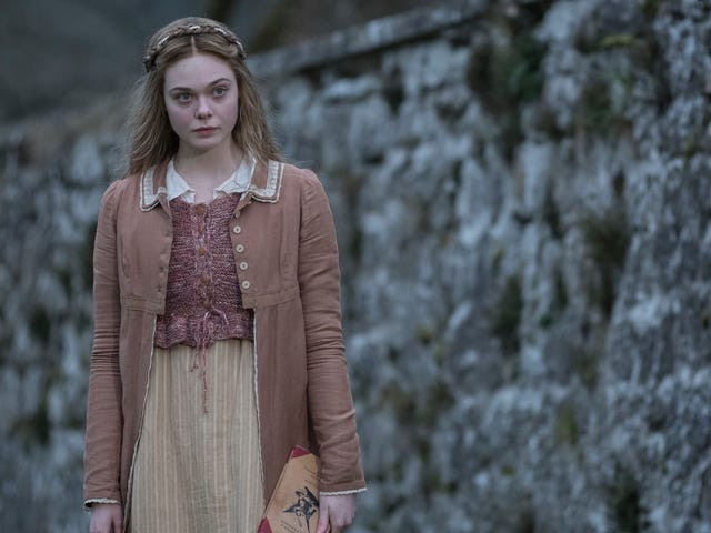 200 år efter Frankenstein försöker en trött biopic att andas livet i Mary Shelley