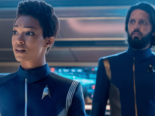 Star Trek: Discovery sẽ trở lại cho phần thứ ba, với phần trình diễn thêm