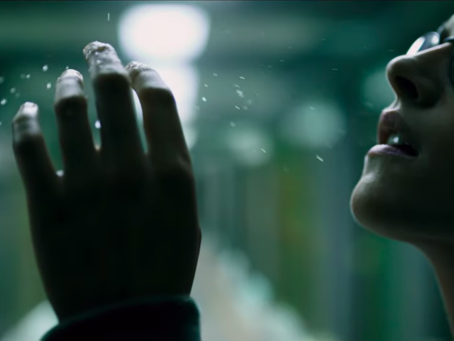 Kristin Stewart navigates the deep sea horrors of Underwater in spooky new trailer