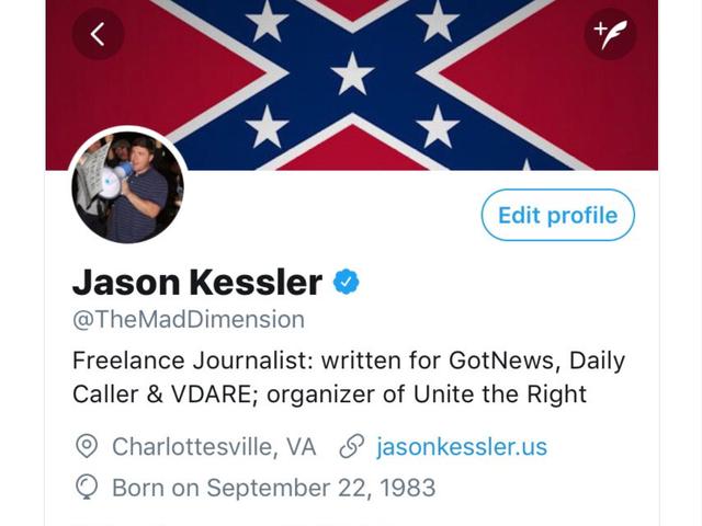 """Twitter: ¡Ups!  ¿Verificamos accidentalmente a un nacionalista blanco?  Nuestro sistema está roto.  Lo solucionaremos - """"Decenas"""""""