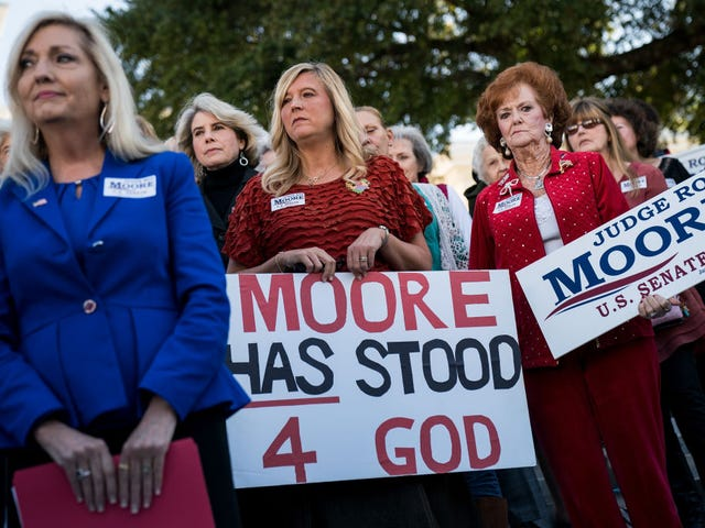 Roy Moore Will Win Alabama's Senate Seat Because Southern Folks Don't Like Being Told What to Do