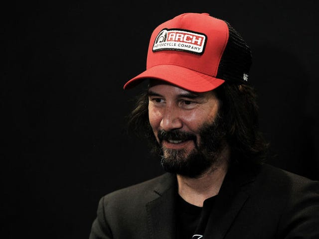 It's 3 p.m., let's watch baby Keanu Reeves sell a bunch of shit
