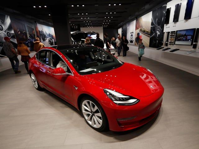 Governo dos EUA nega isenções tarifárias da Tesla e da Uber Chinese