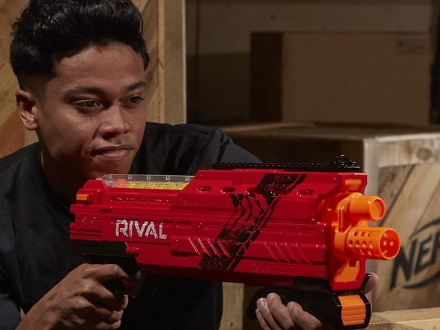 Dominate Your Next Nerf Battle With This $25 Blaster