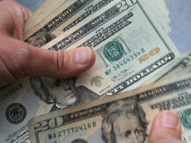 DEA Ran một cơ sở dữ liệu khổng lồ của những người đã mua máy đếm tiền trong nhiều năm
