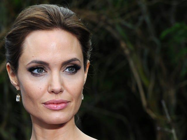 Angelina Jolie vil spille en jordemoder, der søger hævn for mord