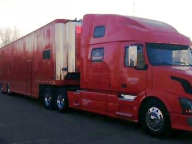 Xe tải hiệu suất Roush + Trailer bị đánh cắp
