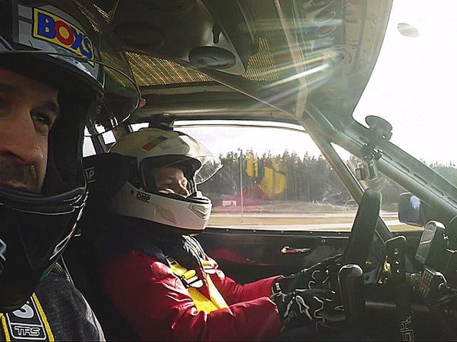 BMW Sürükleyen 12 Yaşındaki Çocuk, Olabileceğimden Daha İyi Bir Sürücü