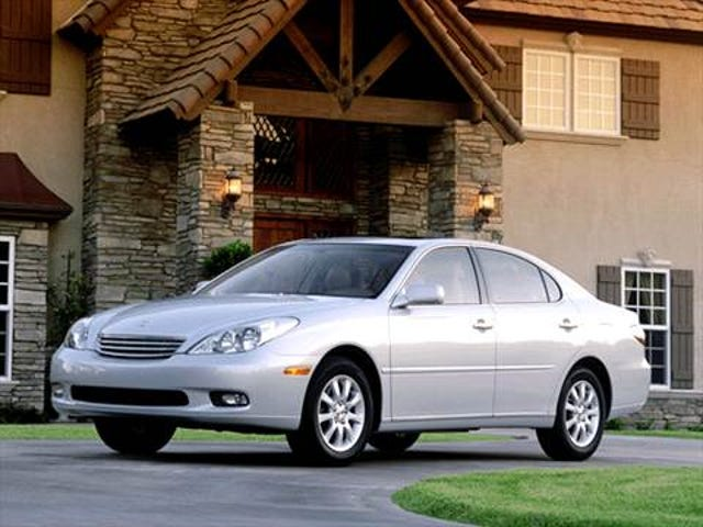 Honda Rear Ends 15 Year Old Lexus. Toyota found liable for 242 Million