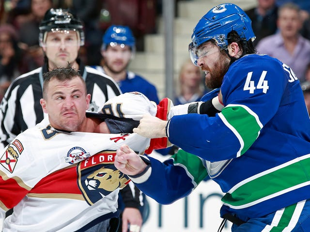 Erik Gudbranson And Micheal Haley Fought A Proper Boxing Round On The Ice