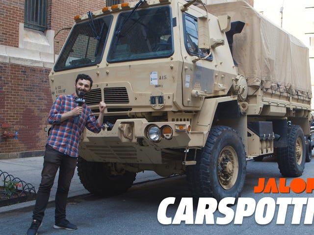 Todellinen New Yorkin auto on kaksi-ja-puolen tonnin sotilasajoneuvo