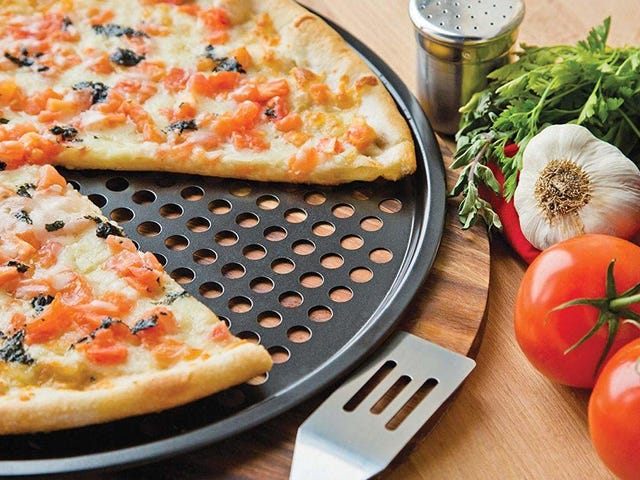 """<a href=https://kinjadeals.theinventory.com/make-pizza-night-a-thing-with-this-14-carbon-steel-cri-1834210589&xid=17259,15700022,15700186,15700191,15700253,15700256,15700259 data-id="""""""" onclick=""""window.ga('send', 'event', 'Permalink page click', 'Permalink page click - post header', 'standard');"""">ピザの夜は、この14ドルの炭素鋼クリスパーパンで物事にする</a>"""