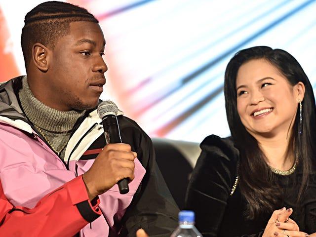 """John Boyega는 Kelly Marie Tran이 소셜 미디어를 종료 한 것에 대해 """"약한""""암시를 한 것에 대해 사과합니다."""