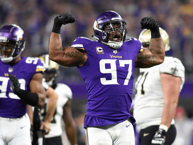 Report: Vikings Lineman Everson Griffen Threatened To Shoot Someone At Minneapolis Hotel