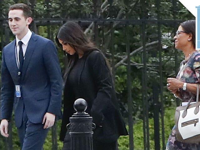In quale Kim K arriva alla Casa Bianca