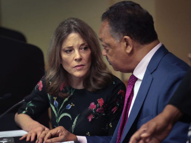 Democratic Hopeful Marianne Williamson Asked White Audience Members to Apologize to Black Guests for Slavery