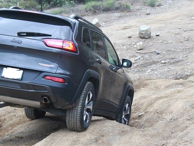 Jeep-eigenaren hebben uiteindelijk uitgewerkt hoe de nieuwe Cherokee kan worden opgetild