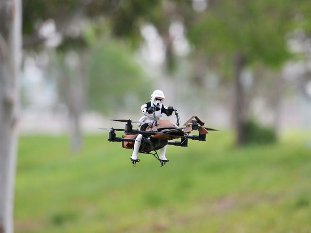 Warum hat niemand vorher daran gedacht: Star Wars Speeder Bike Quadcopter