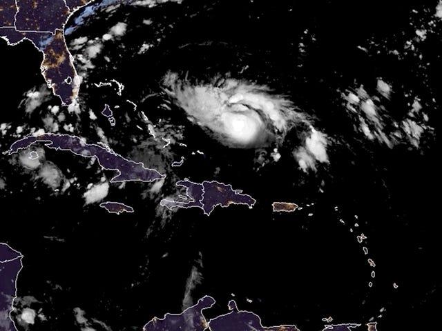 Seperti Pendekatan Hurricane Dorian, 'Tiada Siapa Di Hook' di Pantai Timur Florida