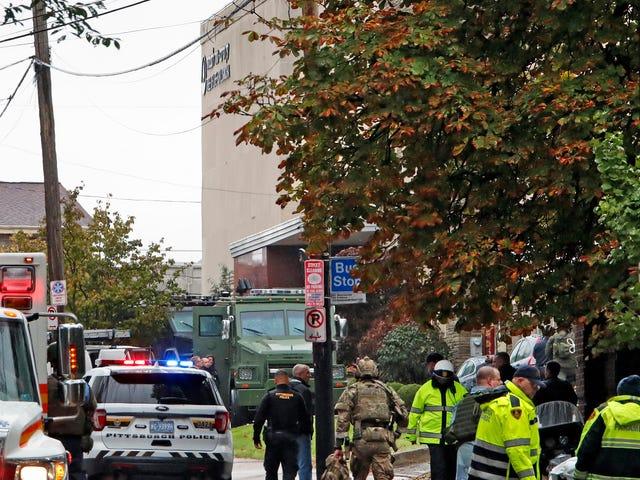 PayPal Bans Far-Right Social Network Gab After Anti-Semitic User Kills at Least 11 at Synagogue
