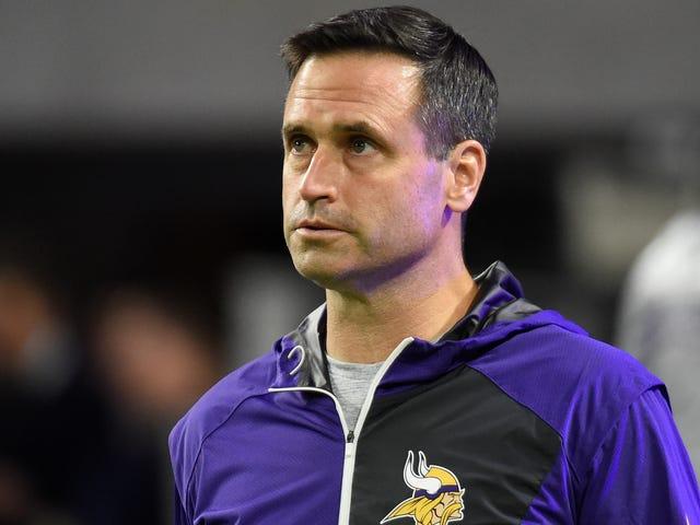 """Les Vikings sont à court d'excuses pour garder Mike """"Nuke The Gays"""" au service de l'emploi antérieur [Mise à jour]"""