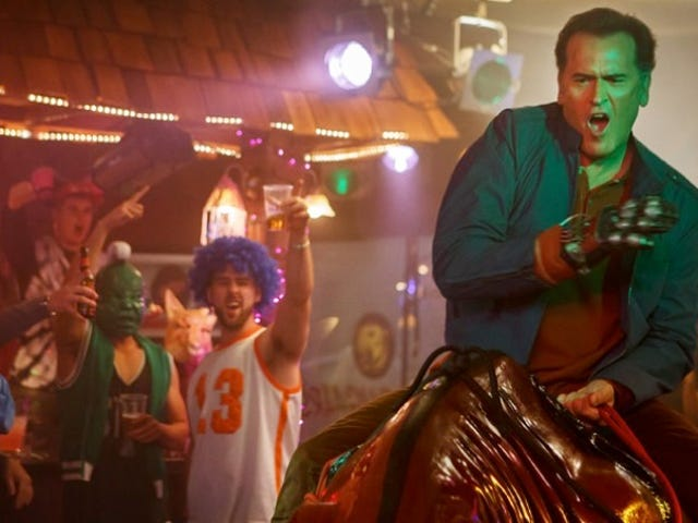 Ash vs Evil Dead's Bruce Campbell Riding a Mechanical Bull Is a Groovy Sight Indeed
