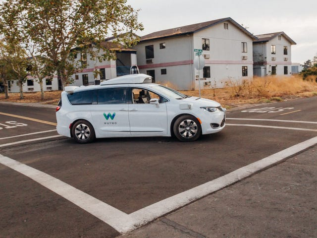 I Went for a Ride in a Waymo Self-Driving Car, Which Was Surprisingly Chill