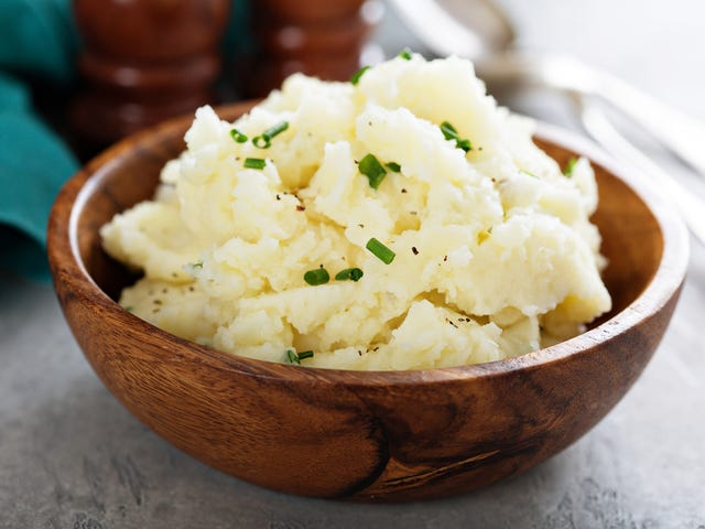 Who is Leaving Bowls of Mashed Potatoes around Jackson, Mississippi?