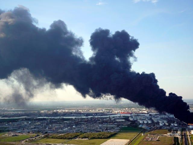 इस सप्ताह के विशालकाय विषैली गैस बादल ह्यूस्टन पर एक बहुत बड़ी समस्या का लक्षण था