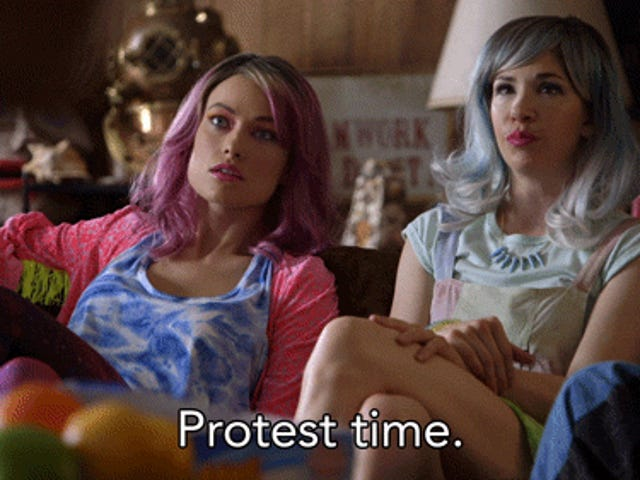 Saturday GIF Party - I'm not late, I'm protesting Edition