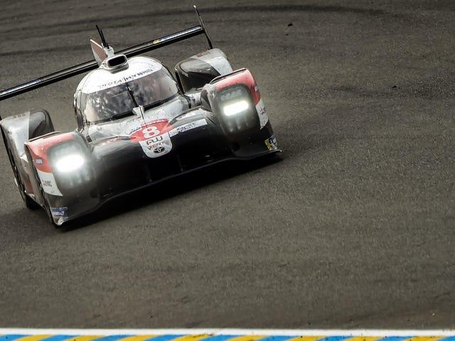 El No. 8 Toyota gana las 24 horas de Le Mans después del último Safety Car de media hora