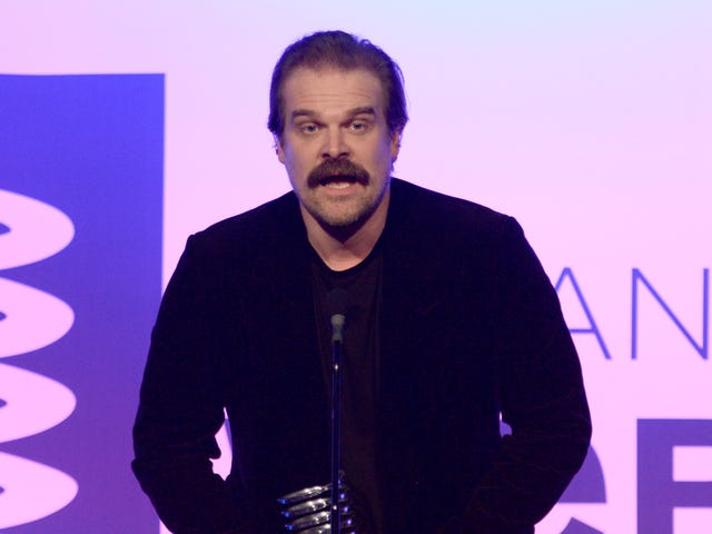 Stranger Things Actor David Harbour Calls Out 'Greedy Dickheads' Who Oppose Net Neutrality
