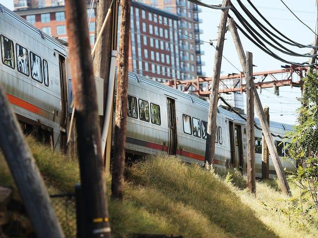 NJ Train sa Hoboken Terminal Crash Was Going 21 MPH