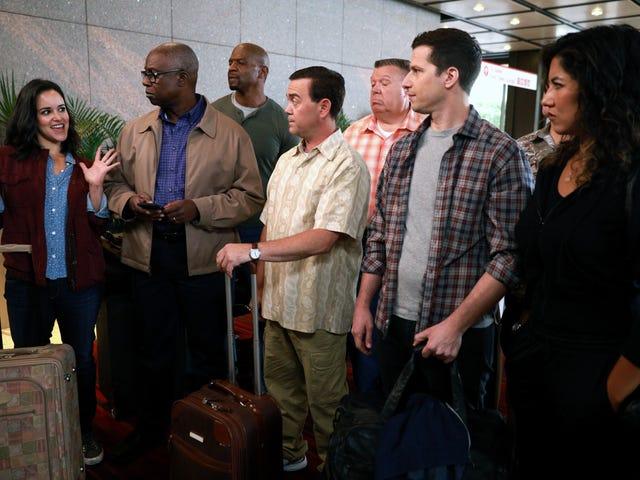 """In Brooklyn Nine-Nine's """"99,"""" teamwork makes the dream work"""