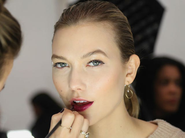 Karlie Kloss Ditches the Runway for Books and Frat Parties at NYU