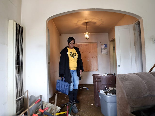 Au milieu de certains gains économiques, l'accession à la propriété noire continue de chuter: rapport