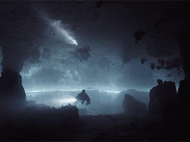 Дайвінг в печері схожий на вивчення темного підземного світу