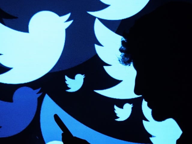 Twitter's Scrambling để tìm ra lý do tại sao thuật toán xem trước ảnh của nó có vẻ phân biệt chủng tộc