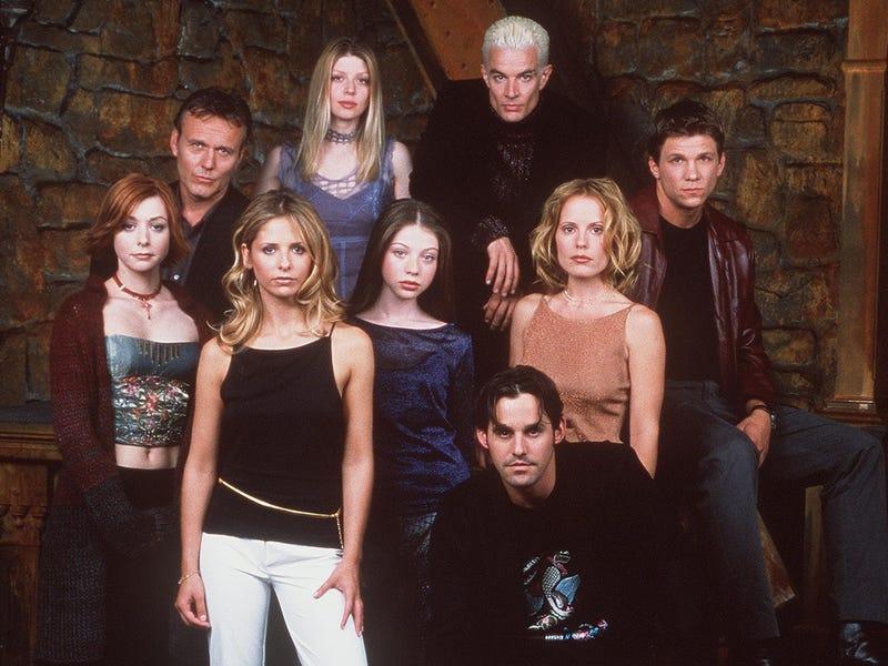 Buffy kehon suku puoli videoita