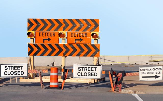 建設中の11,000マイルの長さの迂回路に資金を提供するインフラストラクチャ法案