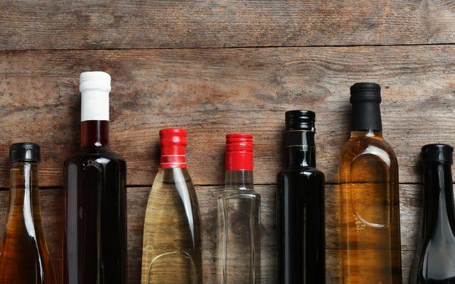 Mutfağınızda Bulunması Gereken 10 Sirke (ve Nasıl Kullanılacağı)
