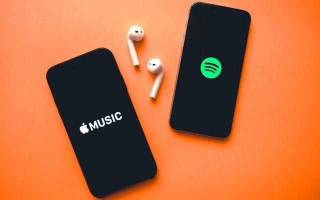 Bạn nên gia hạn dịch vụ phát trực tuyến nhạc của mình hay chuyển sang đối thủ cạnh tranh?