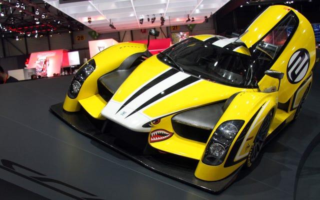 जिम ग्लेनहॉउस की SCG 003 $ 224,000 टेल लाइट्स के साथ एक किट कार है