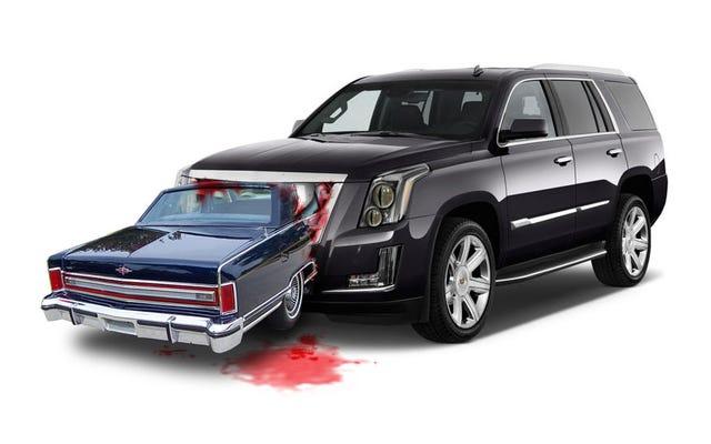 高級SUVが高級セダンを殺害