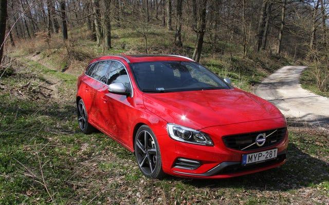 Volvo V60 Eski Olabilir Ama Ölmeye Hazır Değil