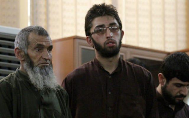Bốn người đàn ông bị kết án tử hình về tội giết phụ nữ bị buộc tội đốt kinh Qur'an
