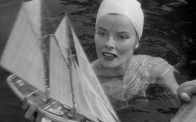 Поздравления с Днем Рождения Кэтрин Хепберн, которая любила плыть по «прихоти»