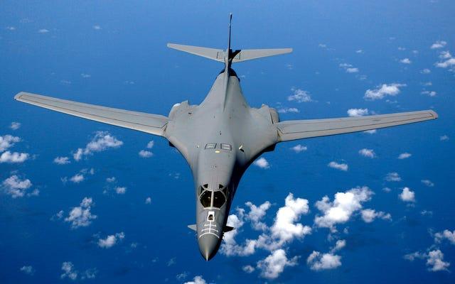 ABD, Çin Denizi Üzerinden Çin ile Karşı Karşıya Geliyor Ancak Avustralya'da Yer Alan Bombacı Yok